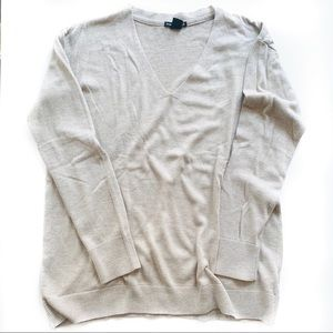 BASIC H&M Beige Sweater